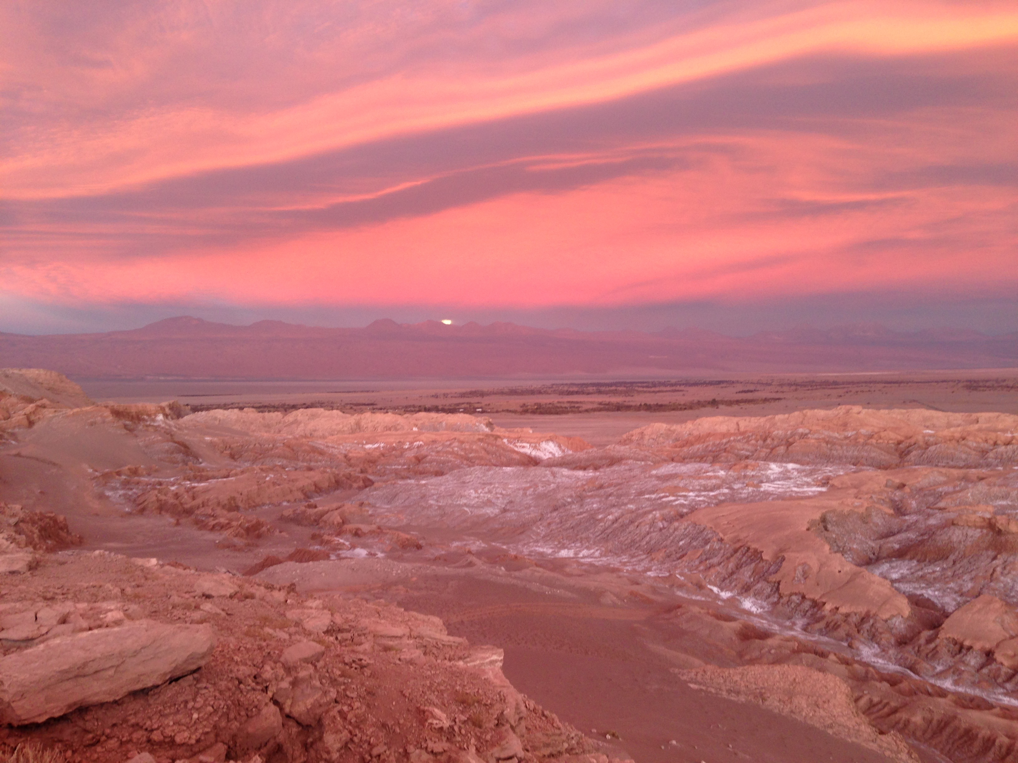 We took this photo of the <em>Valle de la Luna</em> at sunset with an iPhone.