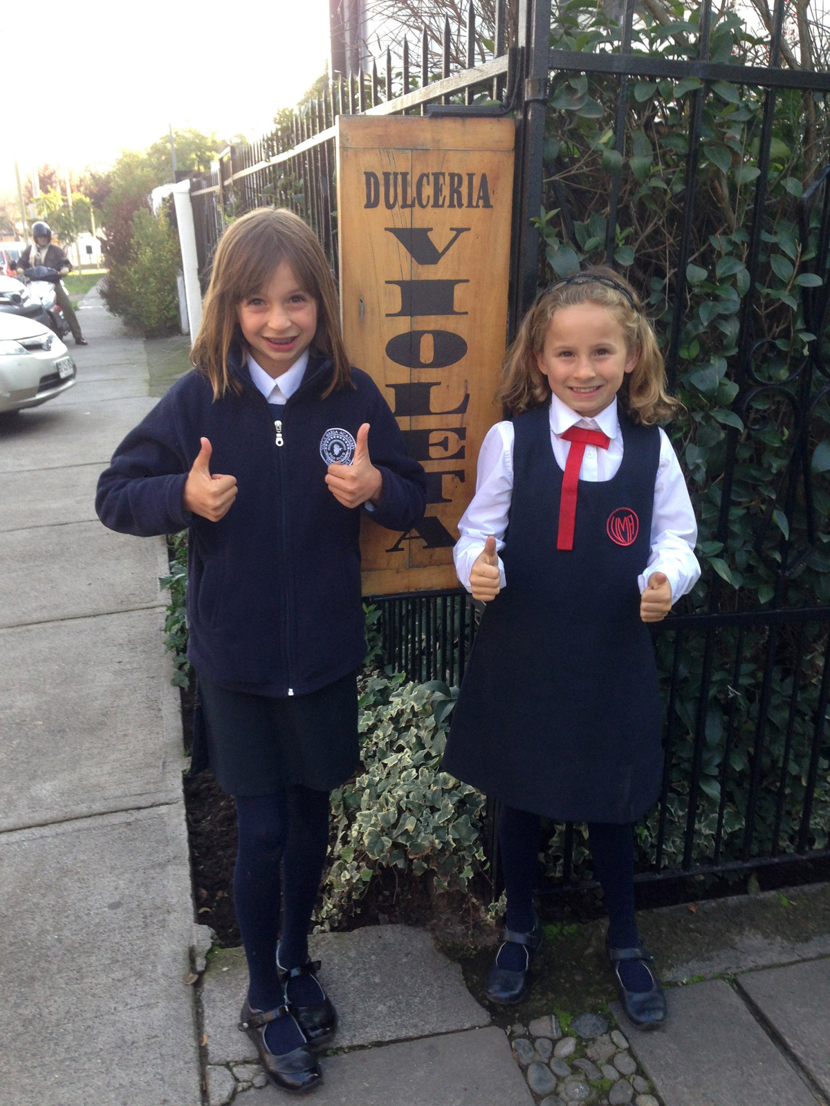 Our kids give Dulcería la Violeta two thumbs up!